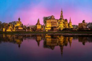 Amazing view at night on Phra Nakhon Si - Ayutthaya, Thailand