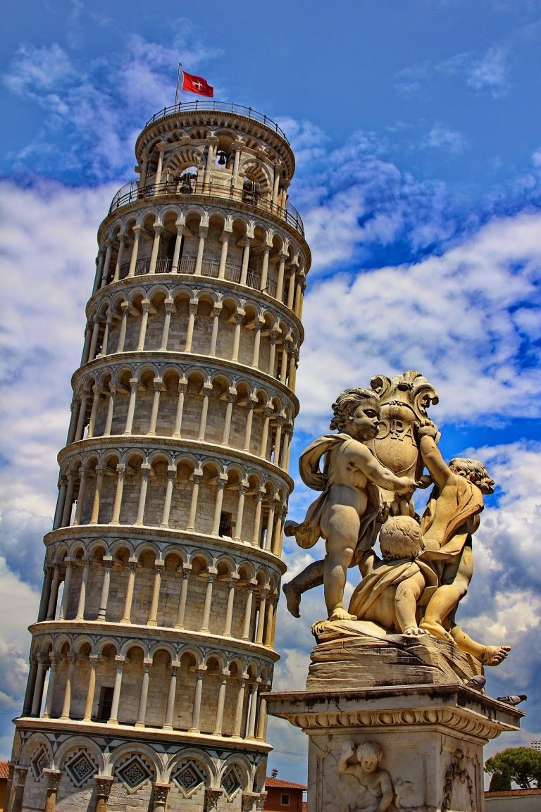 Amazing picturesque view on leaning tower of Pisa, Italy