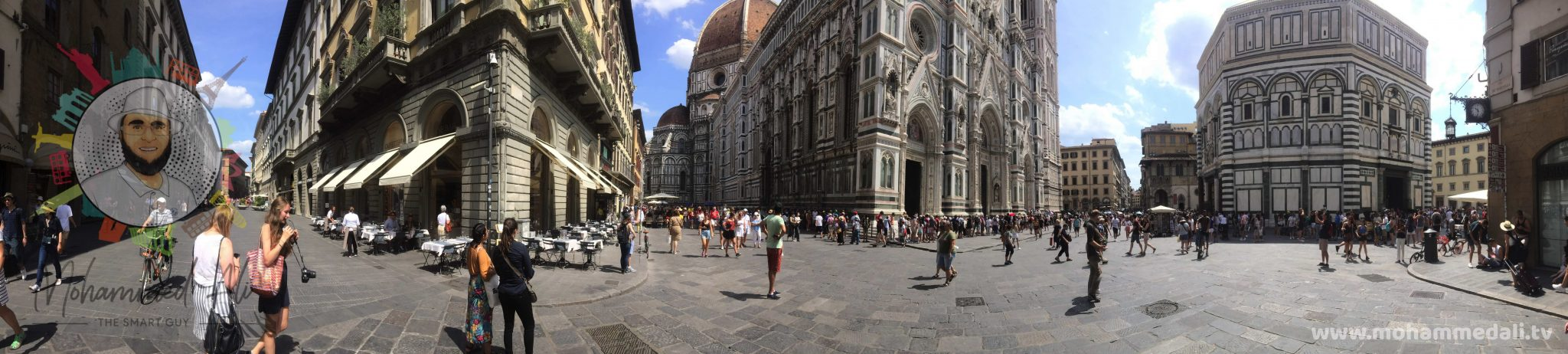 Wonderful panoramic view of Piazza del Duomo in Florence