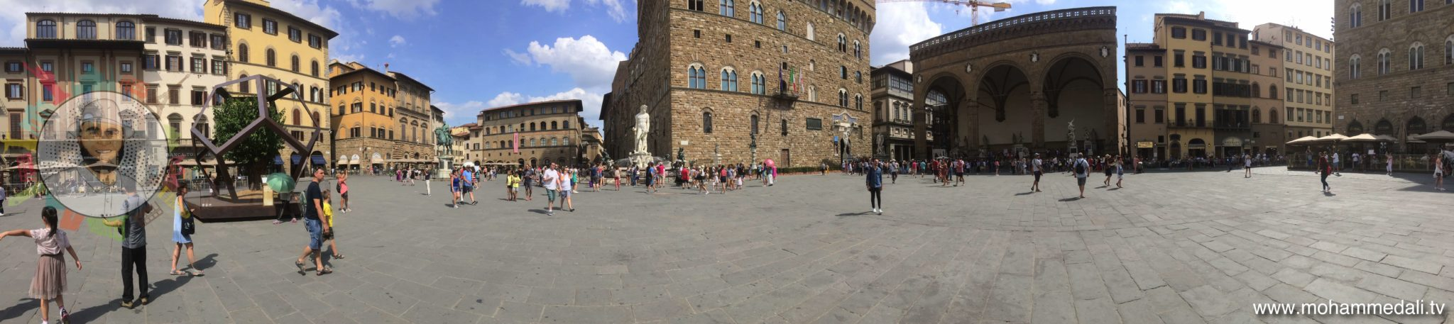Awesome panoramic view of Piazza della signoria in front of Palazzo Vecchio in Florence, Italy